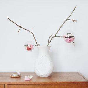 Blumige Christbaumkugeln