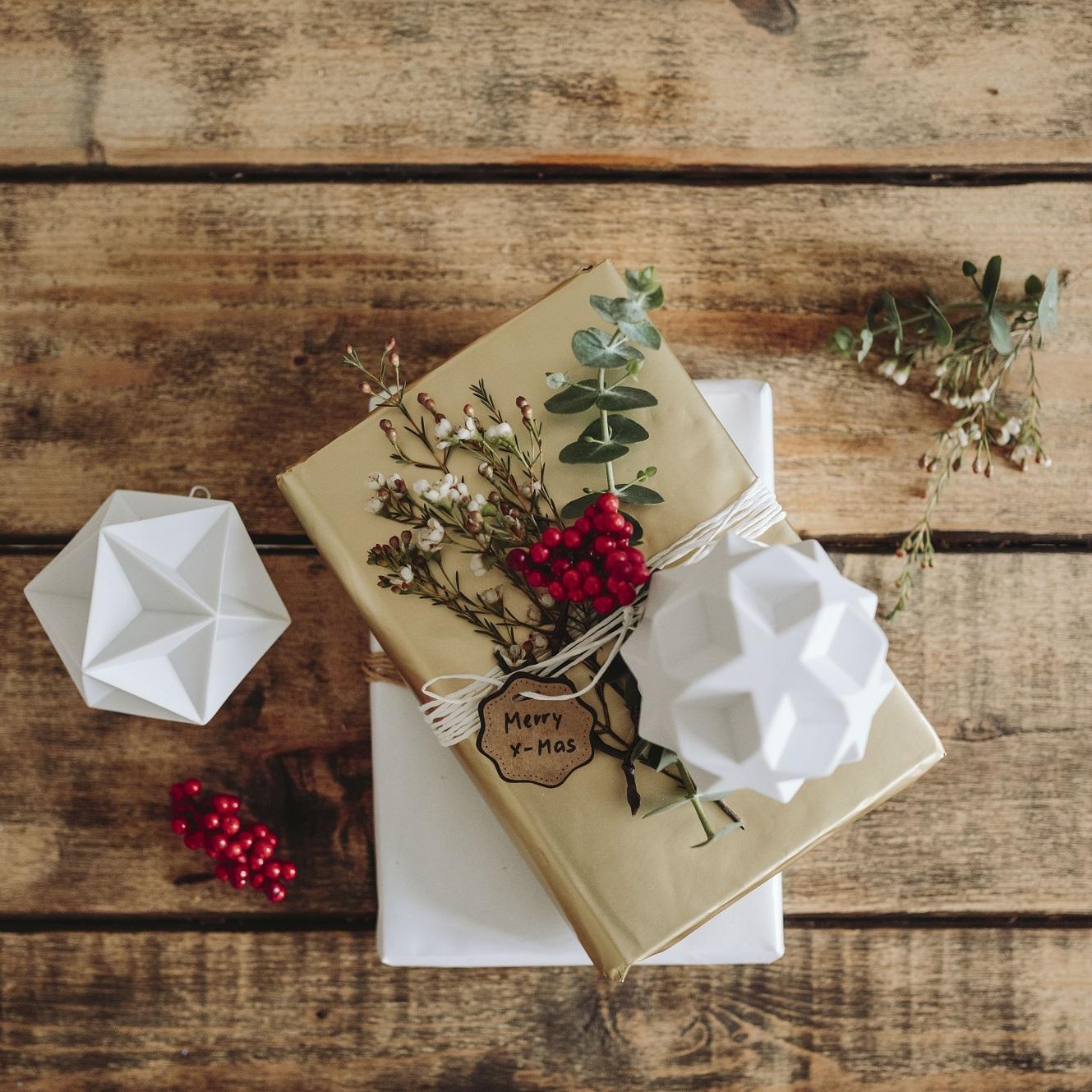 kreative geschenkverpackung bloomy blog blumentipps und mehr. Black Bedroom Furniture Sets. Home Design Ideas