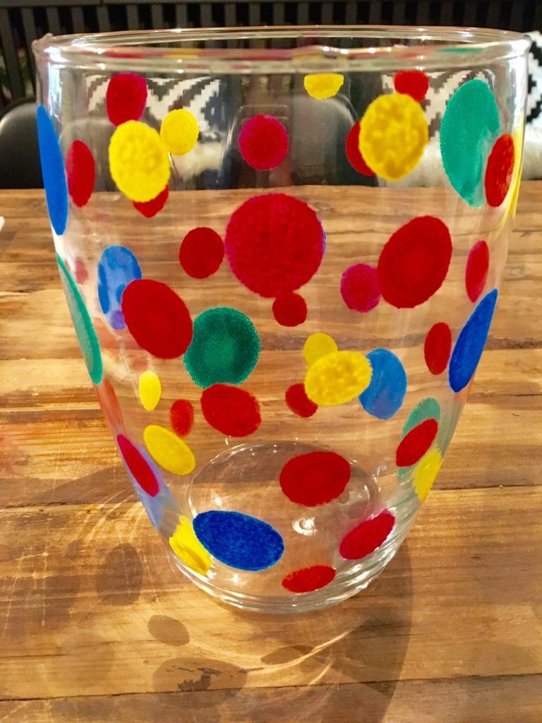 Fertige DIY-Vase bunt