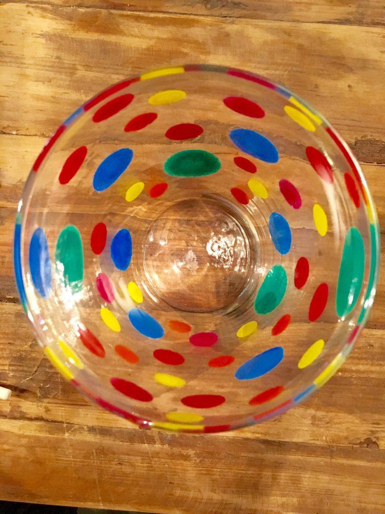Fertige DIY-Vase bunt von oben