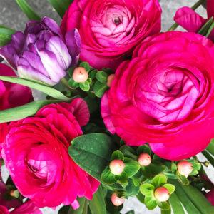 Ranunkeln ,Tulpen, Hypericum