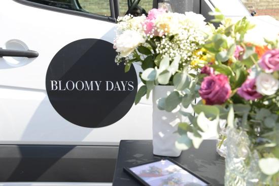 Neue-Blumen-Kollektion