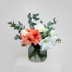 Blumen … … kratzen nicht. … passen immer. … müssen nicht umgetauscht werden. … weisen nicht auf Fehler hin.